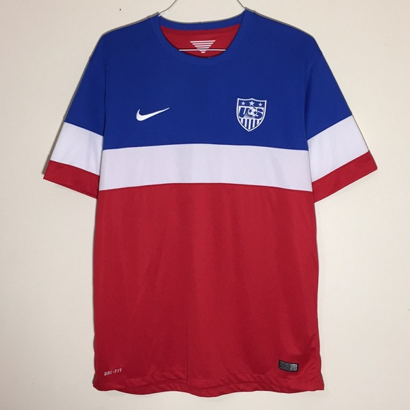 60c51a780a52 🔥USA National Soccer Football Team Nike Jersey. M 5c0b321cdf0307930be8be4d